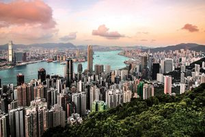 Nhà đầu tư bất động sản Hồng Kông chớp cơ hội từ biến động