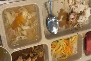 Phụ huynh Trường Quốc tế Việt Úc đòi lập Hội đồng phụ huynh, kiểm soát bếp ăn