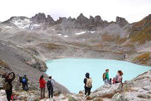 Thêm một dòng sông băng tại Thụy Sĩ sắp biến mất vĩnh viễn