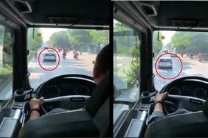 Danh tính chủ ô tô Kia Morning ngang ngược, nhất quyết không nhường đường xe cứu hỏa đi chữa cháy ở Hà Nội