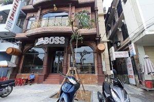 Sau 1 tuần bị chuyển đi bất thường, cây sưa trước cửa nhà hàng đại gia xứ Huế được trồng lại chỗ cũ