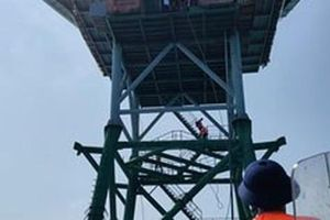 TP HCM tặng 1 tỉ đồng xây dựng cầu thang nhà giàn DK1-10