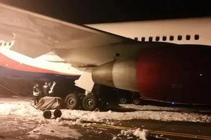 Cục Hàng không Việt Nam lên tiếng vụ máy bay cháy càng khi hạ cánh ở Nga