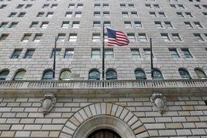 Nhu cầu lớn, Fed phải tăng bơm tiền hỗ trợ