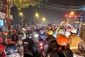 Cấm xe máy chạy quá 40 km/giờ tại khu dân cư, có thật không?
