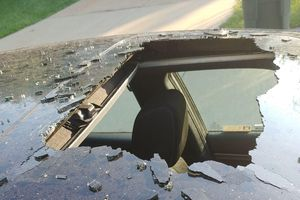 Để dầu gội đầu trong ô tô, chủ xe ô tô được xem bắn 'tên lửa' bất đắc dĩ