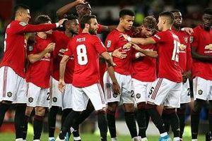 Romero đóng vai ngưòi hùng, Man Utd thắng nhọc đội bóng hạng dưới
