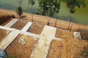 Hồ Đông Mô, dự án đang bị thanh tra vẫn ngang nhiên đổ đất thi công
