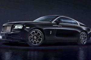 Rolls-Royce Cullinan bản Black Badge mạnh mẽ gần 600 mã lực