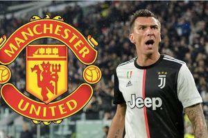 'Siêu tiền đạo' Juventus bất ngờ bật đèn xanh tới MU
