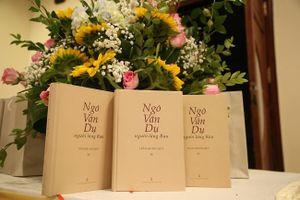 Ra mắt cuốn sách 'Ngô Văn Dụ - Người Làng Rau'