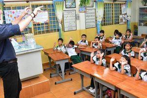 Trường tiên tiến chậm tiến vì vướng chuẩn