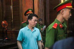 Vụ VN Pharma: 'Hành trình' Nguyễn Minh Hùng chỉ đạo 'đàn em' buôn thuốc ung thư giả