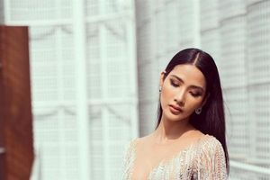 Hoàng Thùy dính nghi án 'nâng ngực cấp tốc' để thi Miss Universe 2019
