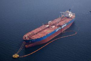 Cước vận chuyển dầu mỏ toàn cầu tăng mạnh