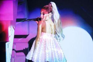Danh hiệu ca sĩ chăm chỉ nhất năm 2019 chắc chắn nên trao cho Ariana Grande vì lý do này
