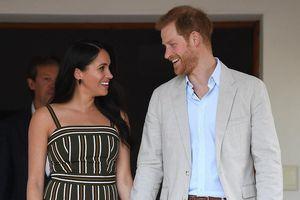 Công nương Meghan Markle được khen ngợi khi mặc lại hai bộ váy cũ