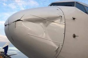 Nguyên nhân máy bay Hàn Quốc hạ cánh khẩn cấp xuống sân bay Tân Sơn Nhất