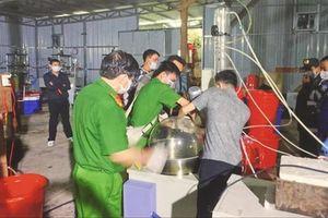 Thủ đoạn tinh vi của nhóm người Trung Quốc lập xưởng, sản xuất ma túy