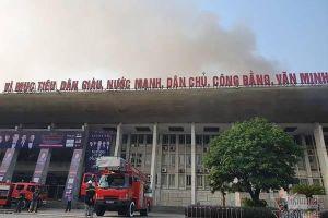 Cháy Cung Việt Xô, sập sân khấu, thiết bị đêm nhạc Quang Hà thành than