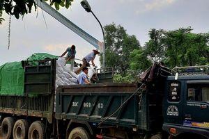 400 tấn gạo cứu đói đến với bà con vùng lũ Hương Khê