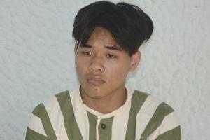 Bênh bố, thanh niên 19 tuổi vác kiếm chém lìa cánh tay đối thủ