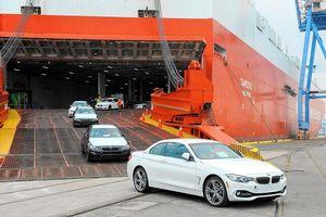 Chi gần 2,26 tỷ USD, nhập khẩu ô tô nguyên chiếc vào Việt Nam tiếp tục tăng mạnh