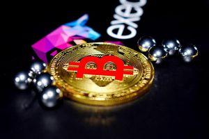 Giá Bitcoin lao dốc 'quá nhanh, quá nguy hiểm'