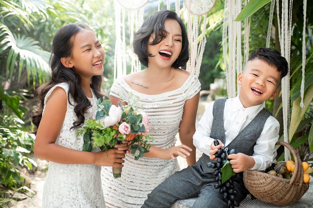 Ca sĩ Thái Thùy Linh trải lòng về 2 lần ly hôn và mối quan hệ với 2 người chồng cũ