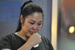 Đêm diễn cuối, Hồng Vân khóc nhiều lần dù xem kịch kinh dị