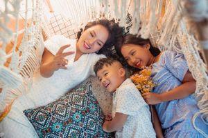 Ca sĩ Thái Thùy Linh chia sẻ về hôn nhân đổ vỡ và bản 'Hợp đồng mẫu tử'