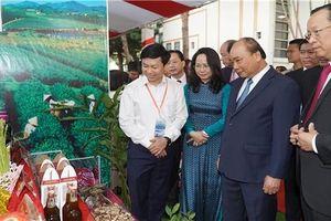 Thủ tướng: 'Dòng chảy thương mại cửa khẩu đọng lại phần nhỏ, Lạng Sơn sẽ khác'