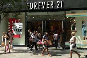 Hãng thời trang Forever 21 đã nộp đơn xin phá sản