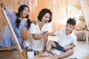 Thái Thùy Linh gây xúc động với MV Hợp đồng mẫu tử