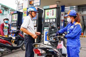 Giá xăng dầu tăng mạnh gần 1.000 đồng/lít