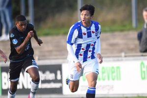 Văn Hậu thi đấu 90 phút, giúp Jong Heerenveen giành 1 điểm ở vòng 5 Giải bóng đá Hà Lan