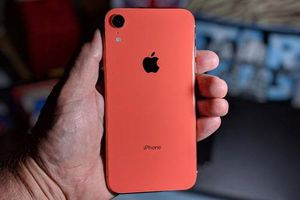 iPhone 11 sắp lên kệ, iPhone XR giảm giá mạnh tại Việt Nam