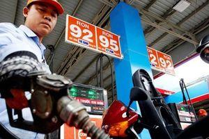 Giá xăng RON95 tăng mạnh lên trên 21.000 đồng từ 18h chiều nay