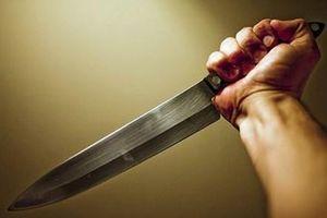 Mâu thuẫn tình ái, thanh niên đâm chết người rồi ra Công an đầu thú