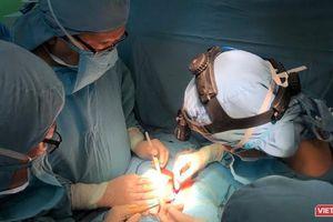 Bệnh viện Nhi đồng 1 TP.HCM mổ tách thành công cặp song sinh dính liền gan nhỏ nhất