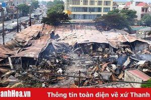 Huyện Tĩnh Gia: Chợ Còng còn lại đống … đổ nát