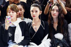 Mỹ nhân 'Như Ý truyện' đẹp lấn át hai đàn chị khi xem thời trang
