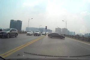 Xử phạt nữ tài xế điều khiển ôtô quay đầu trên cầu Vĩnh Tuy