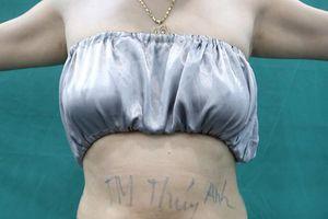 Quảng cáo nâng ngực trên Facebook dù chỉ được cấp phép gội đầu