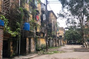Bài 1: Bê bết dự án thương mại trên đất người nghèo