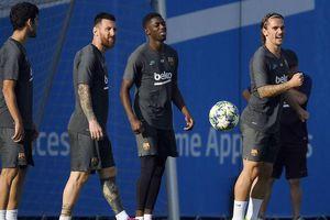 Barcelona thắng nhọc, Griezmann tiết lộ mối quan hệ với Messi