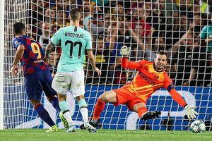 Suarez lập cú đúp, Barca ngược dòng đánh bại Inter Milan