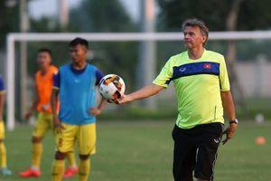 HLV Philippe Troussier đủ quân để chuẩn bị cho giải đấu quốc tế ở Thái Lan