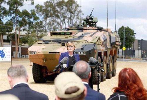 Australia nhận xe bọc thép 'khủng' từ Đức