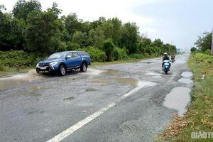 Sớm khắc phục hư hỏng tuyến đường Hồ Chí Minh đoạn Năm Căn - Đất Mũi